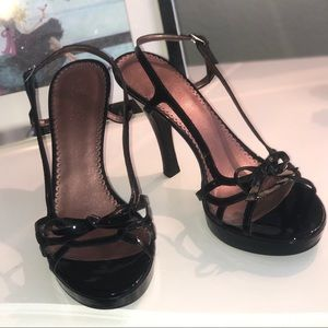 Guess by Marciano Shoes - Vintage black patent leather guess platform heels